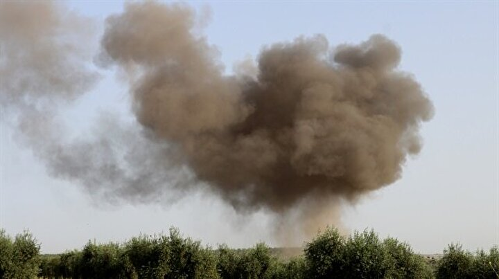 Teröristler Afrinde evlere bomba tuzakladı