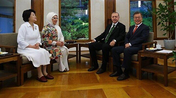 Cumhurbaşkanı Erdoğan eşiyle Kore Evinde ağırlandı