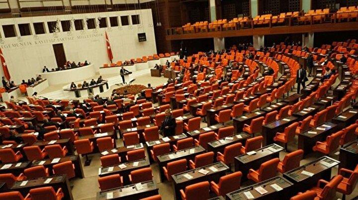 Meclisin kadın vekilleri: 6 vekilden biri kadın