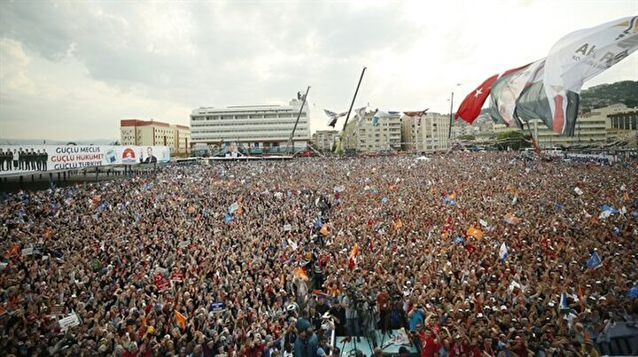 AK Partinin 10 Haziran Kocaeli mitinginden kareler