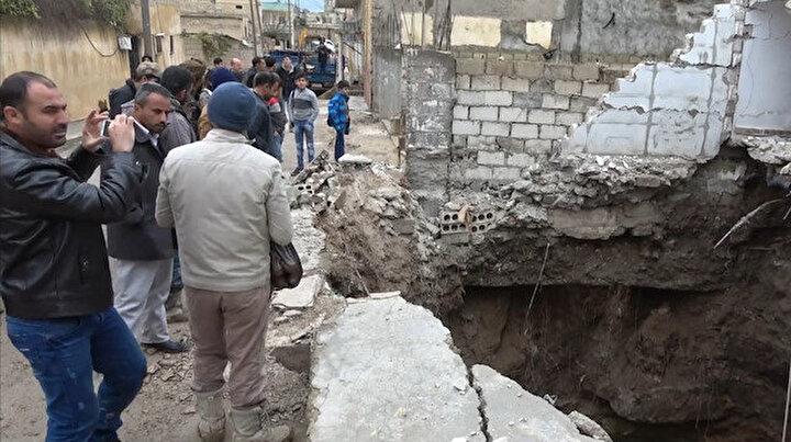 Teröristler kazdıkları tünelin altında kaldı