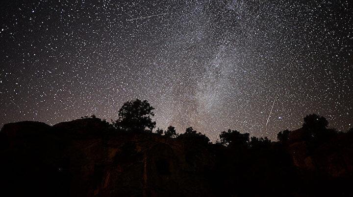 Türkiyeden görüntülen Perseid meteoru görsel şölen sundu