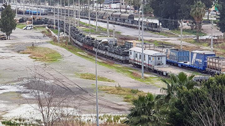 İskenderun'a trenle gelen askeri araçlar sınıra gönderildi