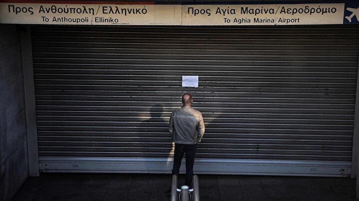 Yunanistanda hayat durdu: Kamu çalışanları 24 saatlik greve gitti