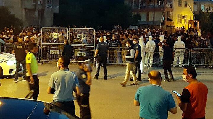 Karantina haberini duyan kontrol noktasına koştu: Bölgeye çok sayıda polis sevk edildi