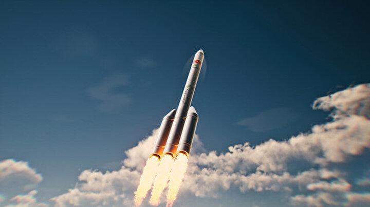Savunma Sanayii Başkanı Demir açıkladı: Mikro uydu 2025te fırlatılacak