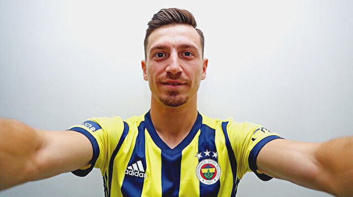 Fenerbahçenin yeni sezon formalarında dikkat çeken detay