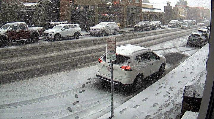 ABDde inanılmaz doğa olayı: Sıcaklık 3 saatte 33 derece düştü, bir günde kış geldi