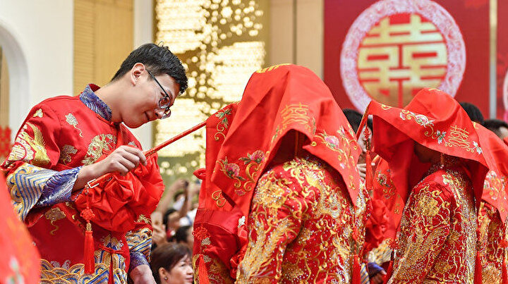 Çinde düğün patlaması yaşanıyor: 8 günlük tatilde 600 bin çift evlendi