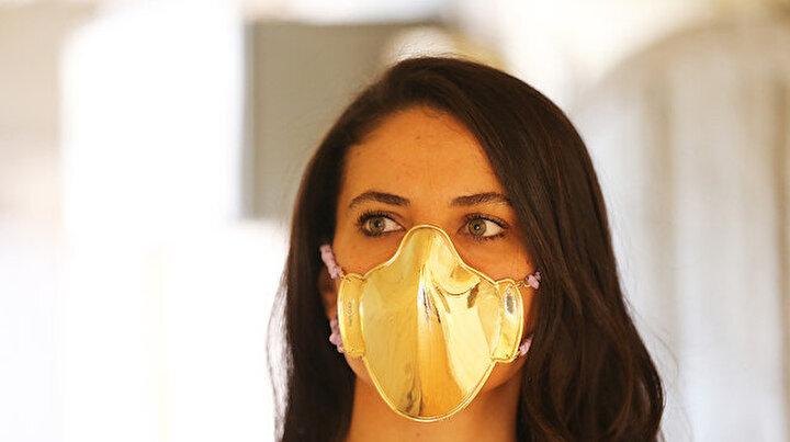 Bu maskeler ateş pahası: Tanesi 20 bin lira