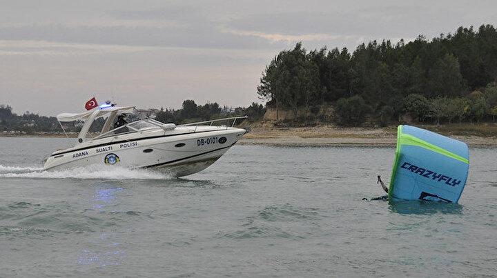 Paraşütçü suya düştü sanıp polis çağırdılar: İşin aslı çok başka çıktı