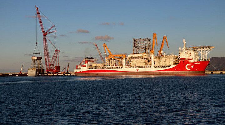 Kanuni sondaj gemisi Türkiyeye yeni müjdeler vermek için hazırlanıyor: Kule montaj çalışmaları başladı