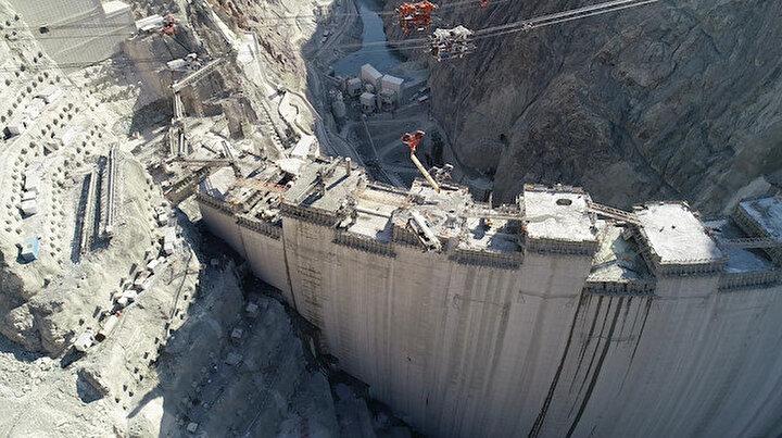 Türkiyenin en yükseği olacak: Yusufeli Barajında son 16 metre