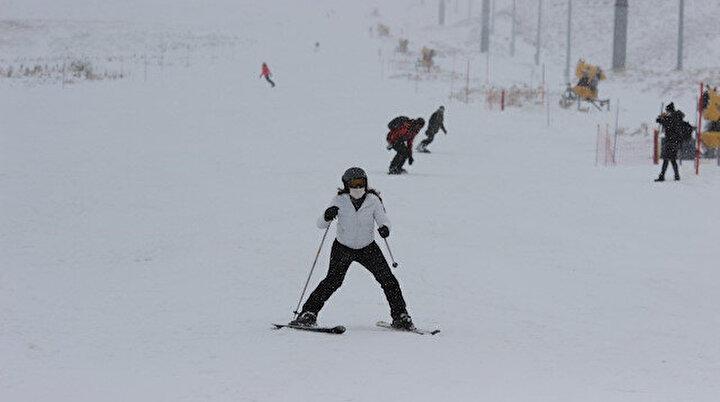 Erciyes kayak sezonunu açtı