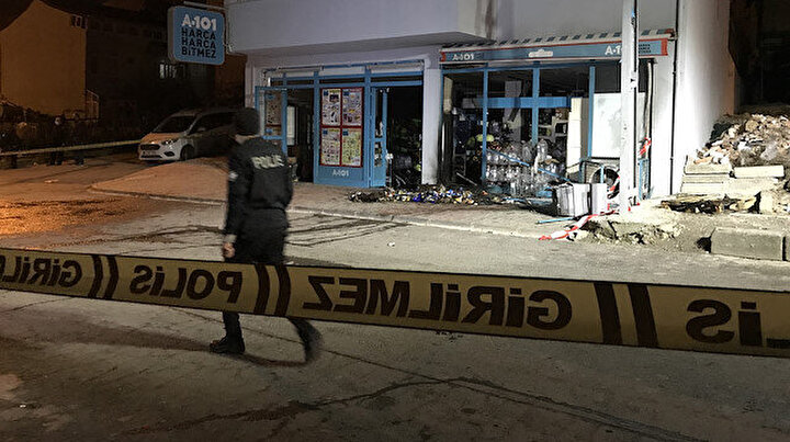 İstanbulda markete el yapımı patlayıcı ile saldırı