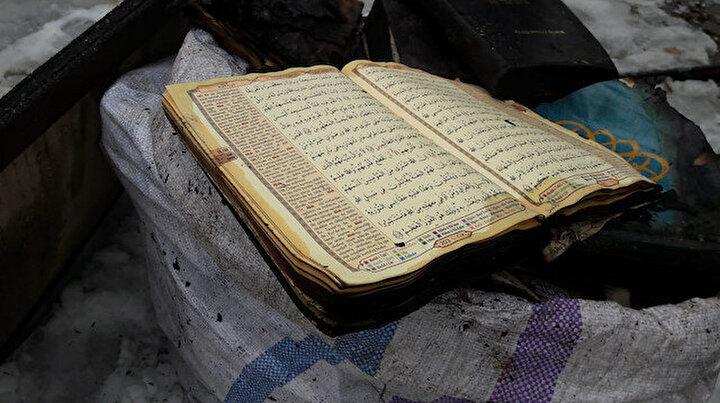 Mahmut Bey Camii küle döndü: Kuran-ı Kerimin yanmadı