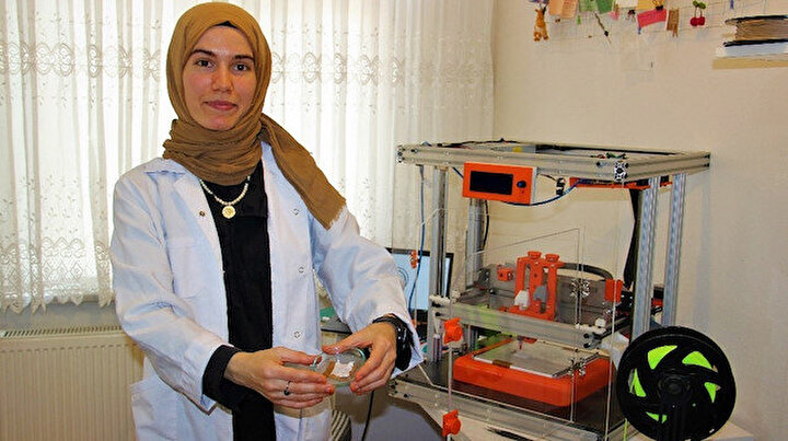 Evindeki laboratuvarda geliştirdi:  Bu cihaz hastalıklara umut olacak