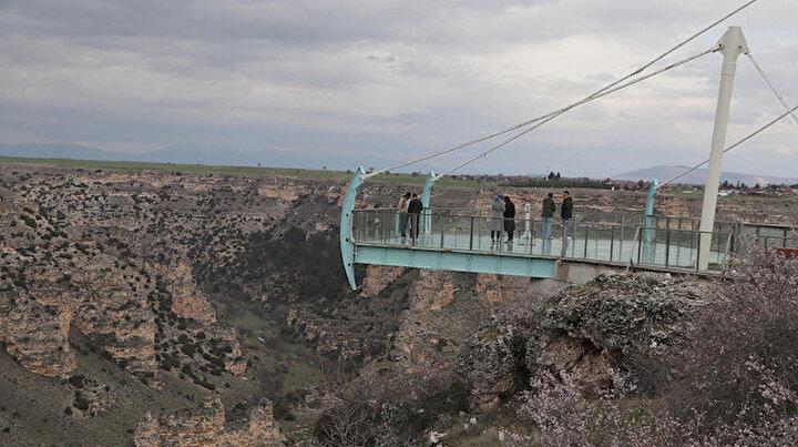 Burada yürümek cesaret istiyor: Dünyanın en uzun ikinci kanyonu