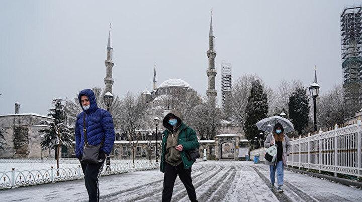 Sultanahmet Meydanından kar manzaraları