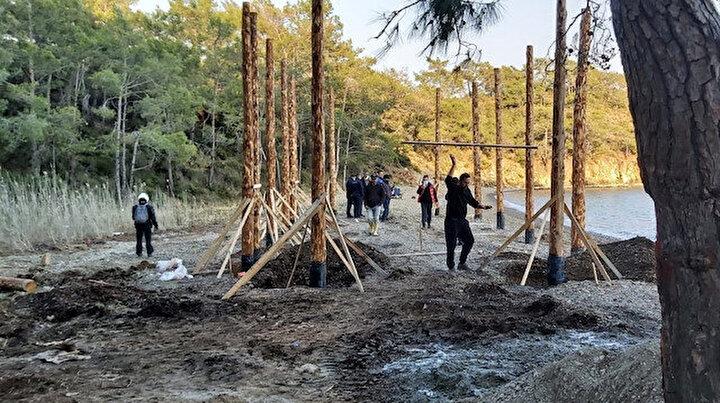 Kısıtlamayı fırsat bildiler: Dünyaca ünlü koyda kaçak inşaat