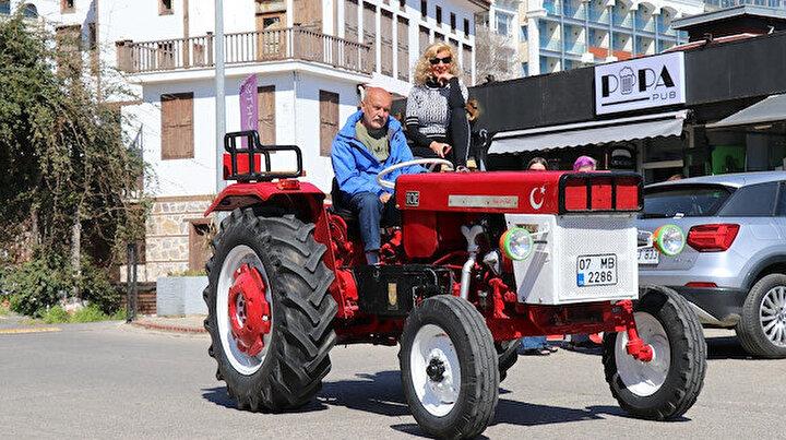 En büyük rüyası traktör olan Alman mühendis Türkiyeye yerleşerek hayaline kavuştu