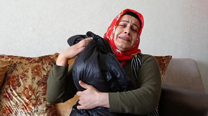 10 yıldır kızının montuna sarılarak uyuyor: Bu çocukların katili Selahattin Demirtaş