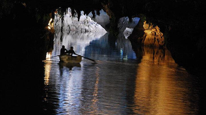 Türkiyenin en büyük yeraltı gölü: Altınbeşik Mağarası