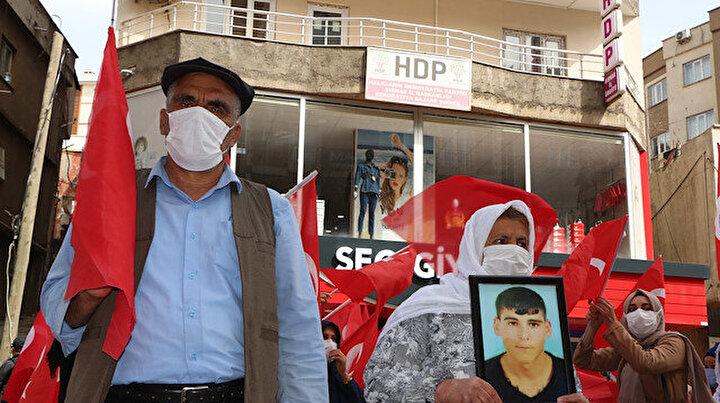 Şırnaklı ailelerin evlat nöbeti 30uncu haftasında: HDP Kürtlük ile herkesi kandırdı yalan söylüyorlar