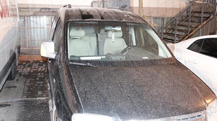 İstanbula çamur yağdı: Sürücüler soluğu oto yıkamacılarda aldı
