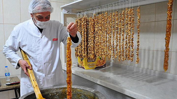 Manisaya has lezzet ramazan sucuğu: Talep yağıyor