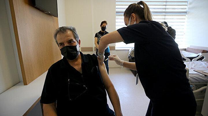 BioNTech aşılarının ikinci dozu uygulanmaya başlandı