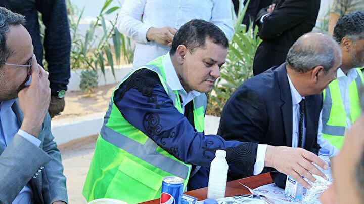 Libya Başbakanı Dibeybeden Türk işçilerle iftar