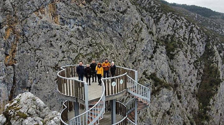 Kısıtlamada da boş kalmıyor: Bin 200 metrelik kanyon ziyaretçilerini ağırlıyor