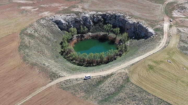 Sivastaki bu göller renkleriyle görenleri hayran bırakıyor