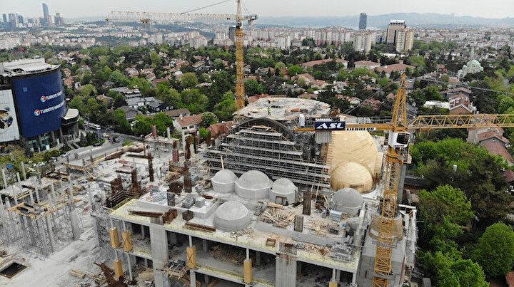 Yüzde 75i tamam: 20 bin kişilik Levent Camii havadan görüntülendi