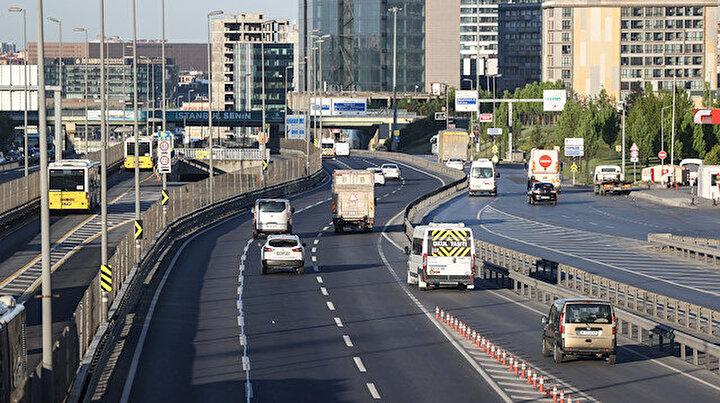 İstanbul trafiğinde tam kapanma etkisi: Yollar boş kaldı