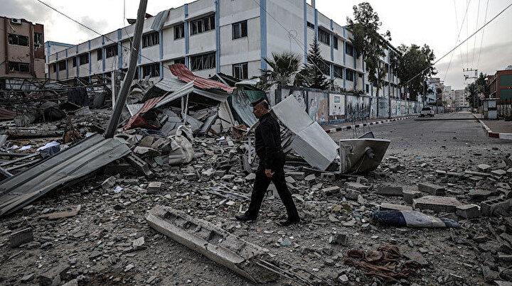 Gazzeye düzenlenen hava saldırısının boyutu gün ağarınca ortaya çıktı