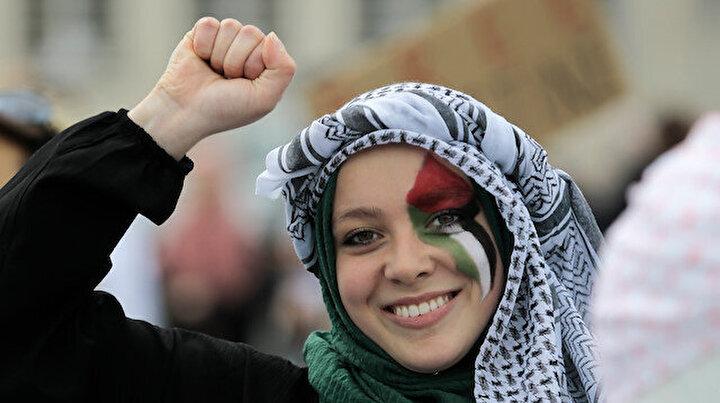 Saraybosnadan Filistine Yalnız değilsin mesajı