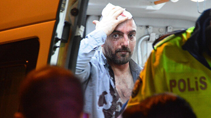 İstanbul'da hareketli dakikalar: Önce polis araçlarına sonra bariyerlere çarpınca yakalandı