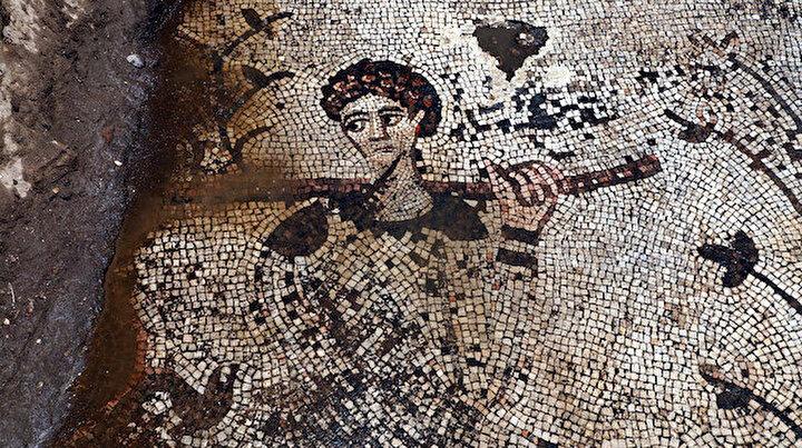 Mahalle arasındaki evden 170 metrekarelik tarih fışkırdı: 98 parçaya bölünen mozaik Zeugma Müzesine taşınıyor
