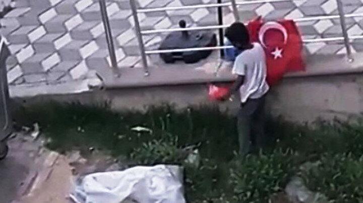Suriyeli çocukların Türk bayrağı hassasiyeti