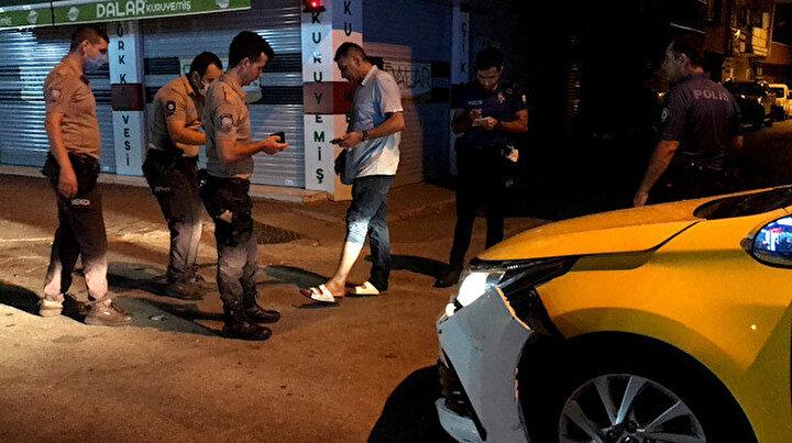 Hasımlarından kaçarken kaza yaptı araçtan inerken vuruldu