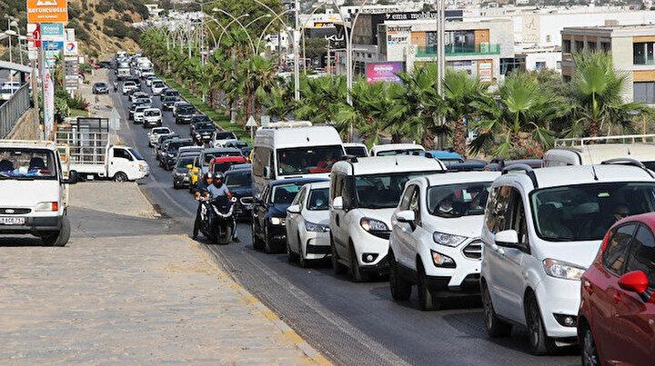 Tatilciler akın akın Bodruma gidiyor: Kentte bir milyon kişi ağırlanacak