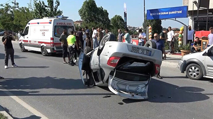 Ehliyetsiz sürücü dehşeti: Takla atan araçtan mucize kurtuluş