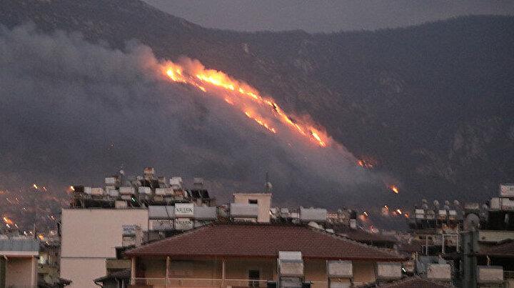 Hatayda iki ilçede korkutan orman yangını