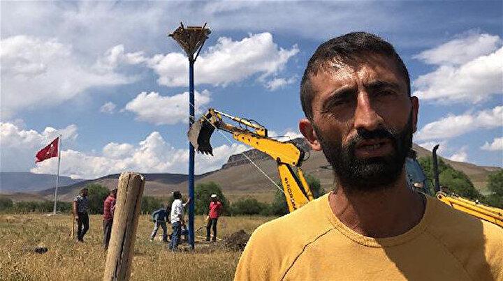 Turistin sözlerine üzülüp köyüne 2 bin 700 fidan dikti