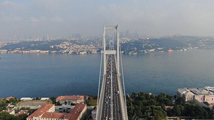İstanbul boşaldı: Trafik yoğunluğu azaldı