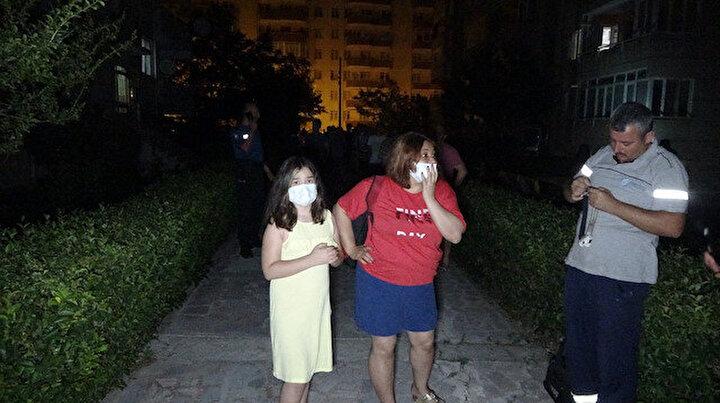 Gece yarısı kabusu yaşadılar:  50 kişi apartmanlardan tahliye edildi
