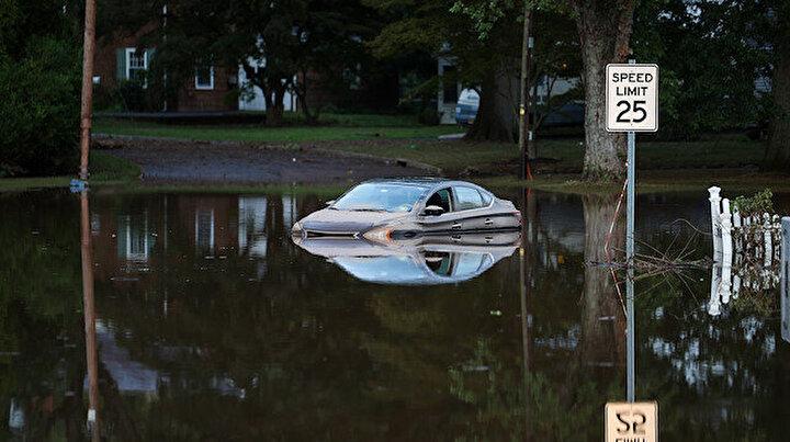 ABDde sel felaketi: En az 45 kişi hayatını kaybetti, can kaybı artıyor