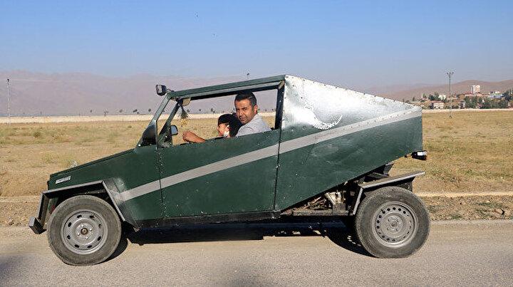 İnşaat işçisi baba 40 bin liraya hurda malzemelerden araba yaptı: Herkes meraklı gözlerle bakıyor
